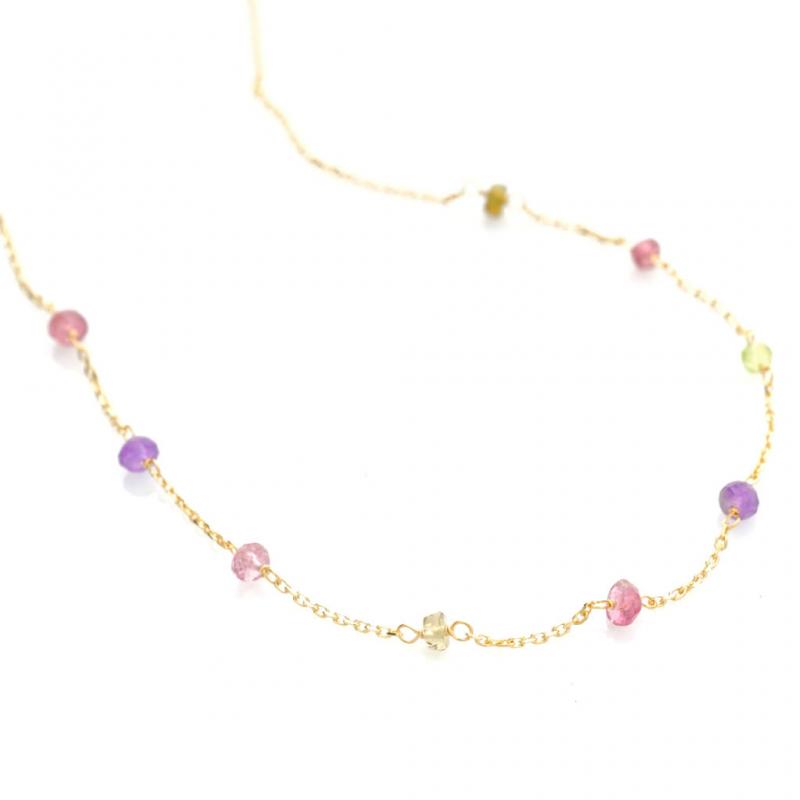 Bijou femme collier orné de 9 pierres fines en Or jaune ou Or blanc