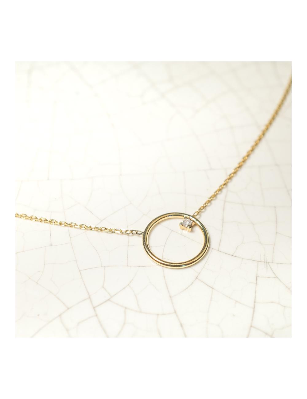 collier petit cercle fil rond serti d 39 un diamant scarlettorscarlett. Black Bedroom Furniture Sets. Home Design Ideas